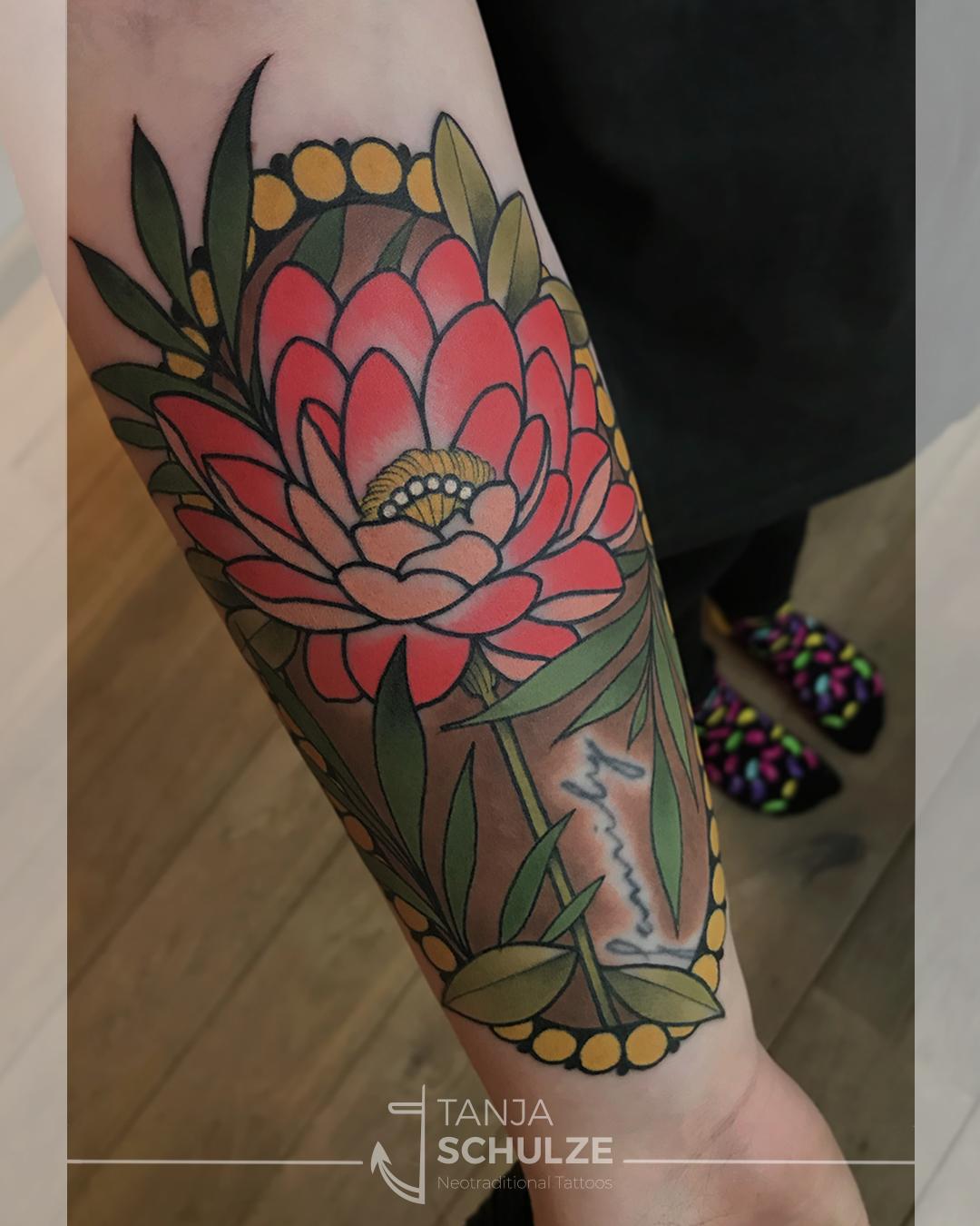 Tattoo Dahlie